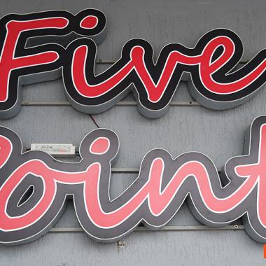Ресторант FIVE POINTS в Банско
